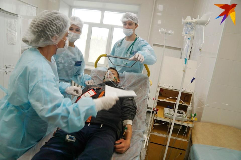 Число новых зарегистрированных случаев коронавируса в Беларуси за сутки составило 940.