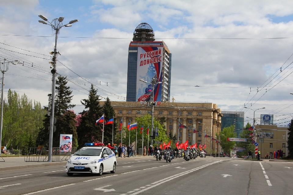 Сейчас в республиках Донбасса проживает более полумиллиона граждан РФ, и их количество только растет