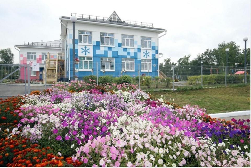Сейчас в Томске строится 8 новых зданий детских садов. Чтобы обеспечить местами всех детей, требуется изыскать возможности для возведения еще 10. Фото: сайт мэрии.