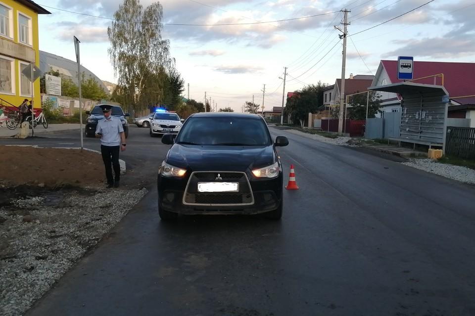 ДТП произошло напротив дома № 11 по улице Лунная Фото: отделение пропаганды ГИБДД Екатеринбурга