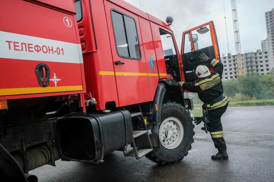По счастью, все обошлось - жильцы дома сами потушили огонь еще до прибытия пожарных.
