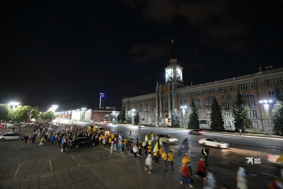 Шествие проходило в ночь с 16 на 17 июля.
