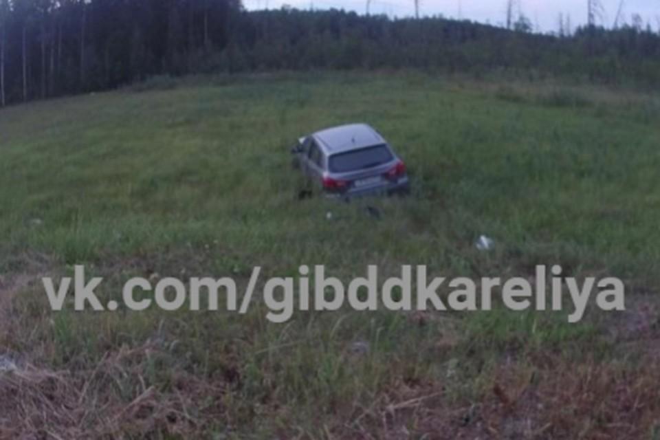 В японской машине находилась 33-летняя жительница Мурманской области, которая пострадала в результате ДТП. Фото: Госавтоинспекция Карелии / vk.com/gibddkareliya