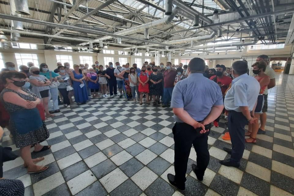 На Центральном рынке активно устраняются обнаруженные нарушения. Фото: администрация Ростова