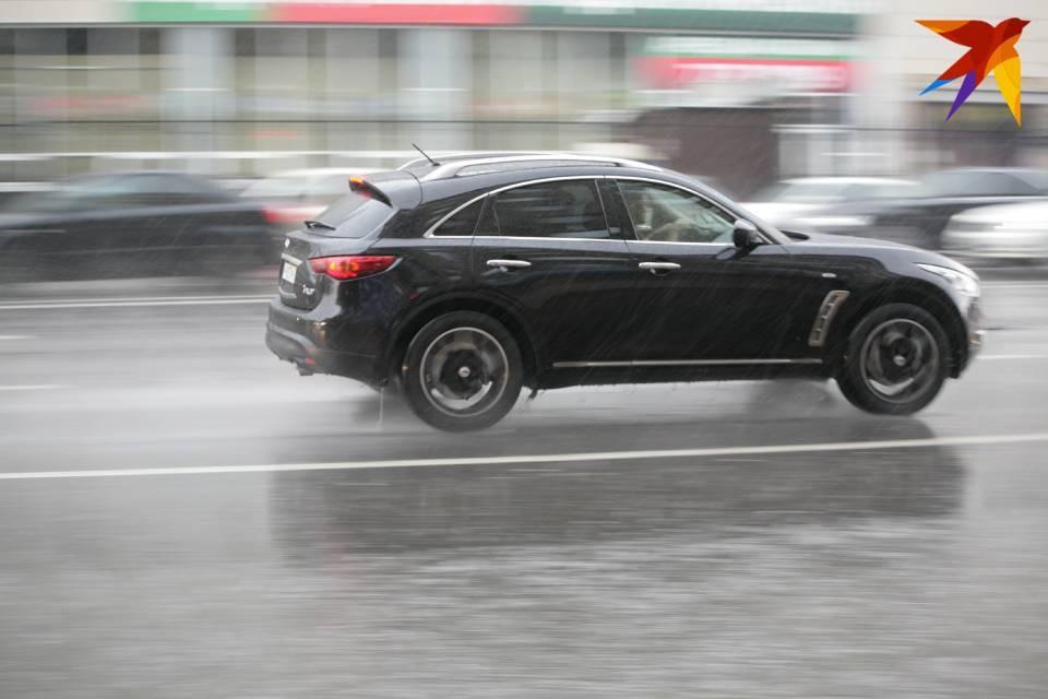 Жители Мурманской области полюбили дорогие машины.