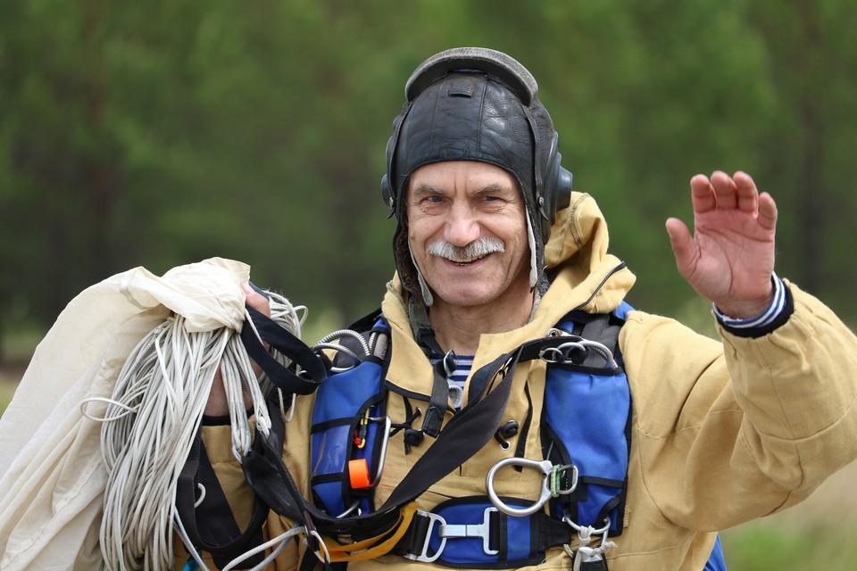 Иван Мухрыгин в профессии с 1978 года. Фото Коми регионального лесопожарного центра