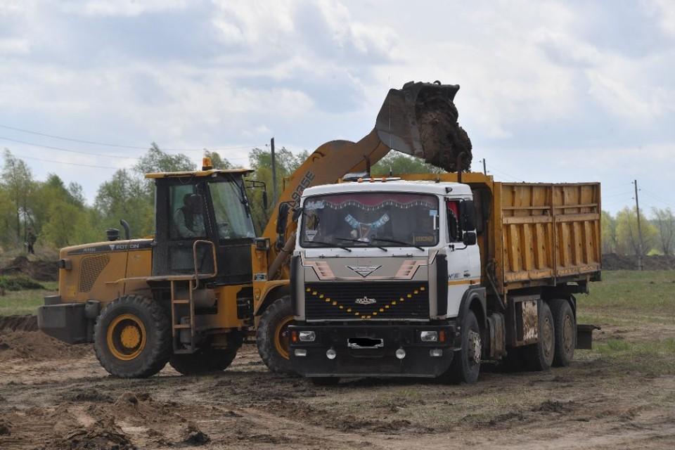 Недропользователем незаконно добыто 110,9 тыс. куб. метров песка.