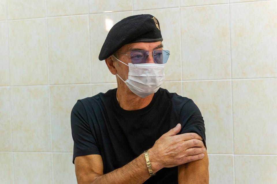 Михаил Боярский привился от коронавируса еще зимой.