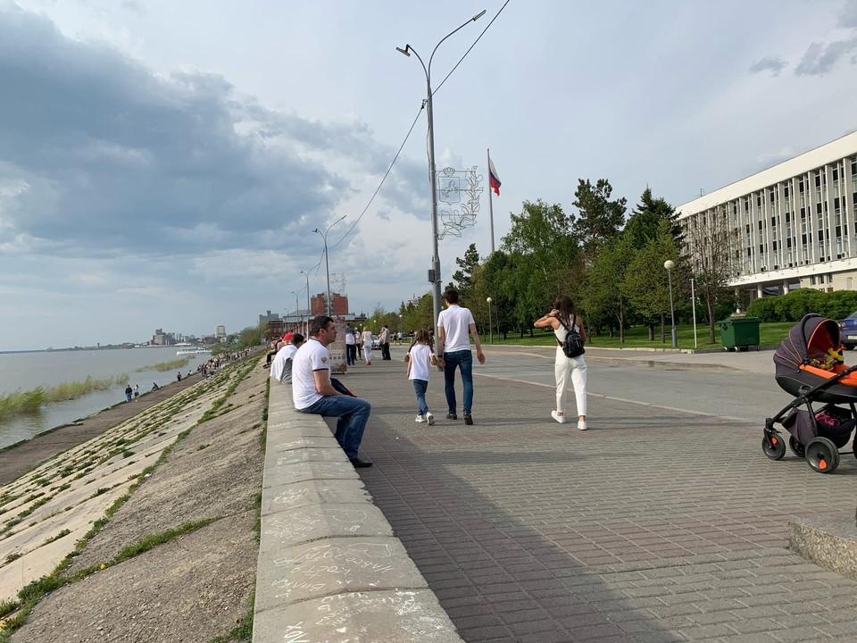 В Томскую область вернулась июльская жара.