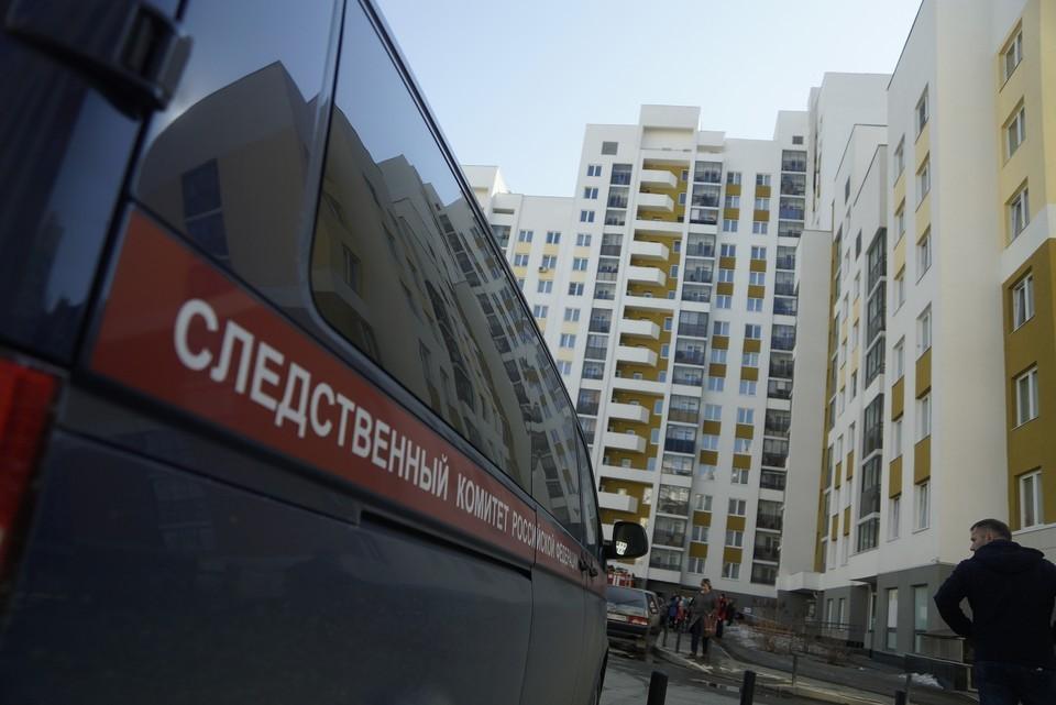 Обезглавленное тело женщины нашли в квартире на западе Москвы