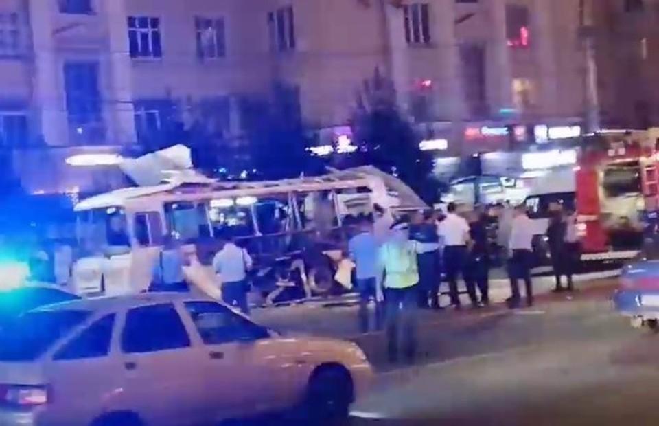 Версия теракта среди причин взрыва маршрутки в Воронеже не рассматривается