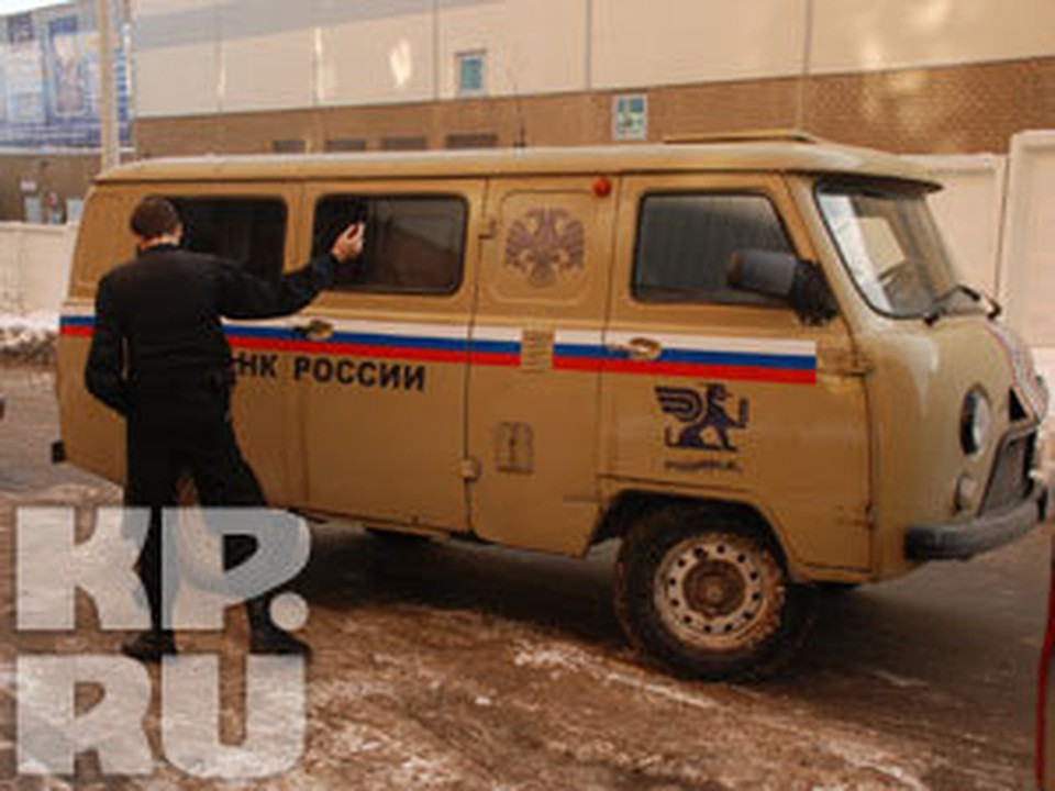 Воронежский преступник расстрелял инкассаторов, забрал миллион рублей и скрылся