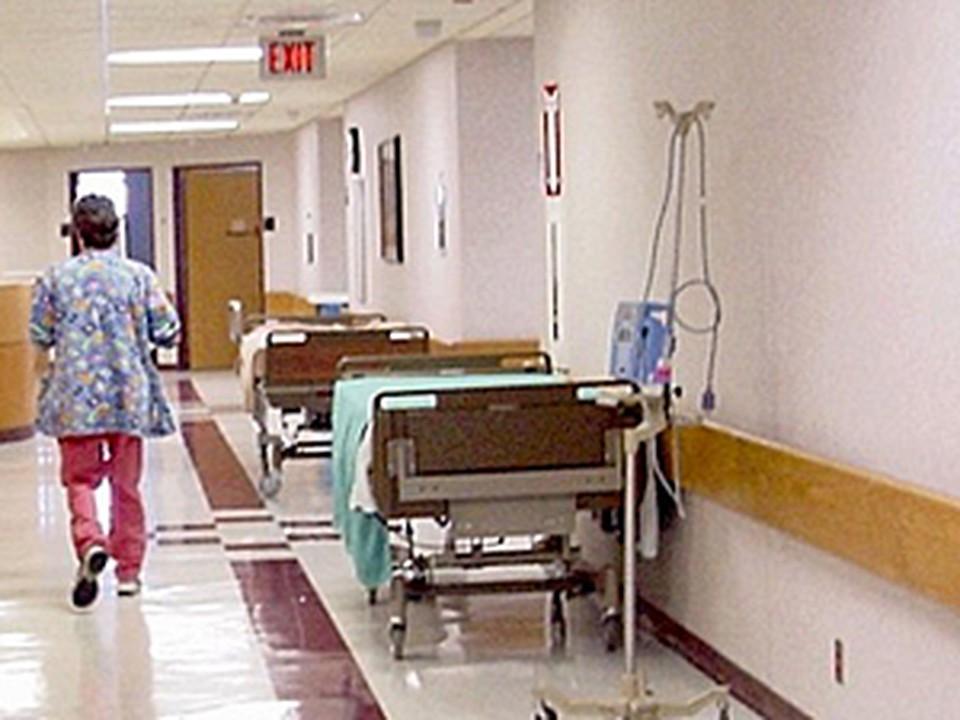 Виталий Иванов доставлен в Кущевскую центральную районную больницу.