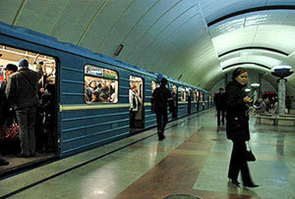 Блогер снял запрет на фотосъемку в метро.