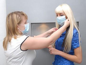 Москвичам бесплатно выдадут маски для защиты от гриппа... на избирательных участках
