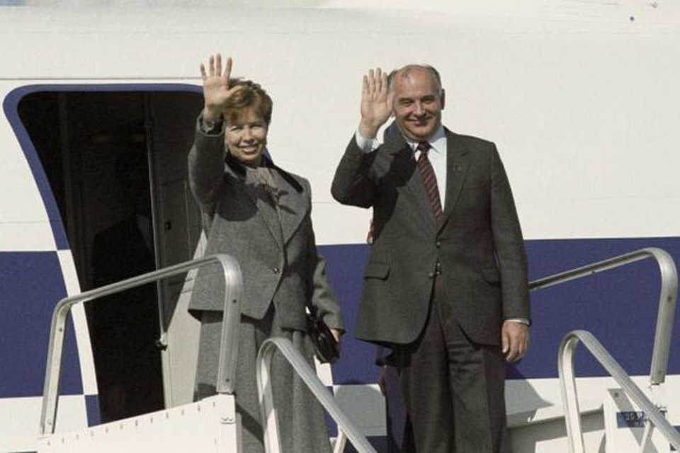 Михаил Сергеевич Горбачев откровенно рассказывает об истории своей любви, о том, как зарождалось это чувство...