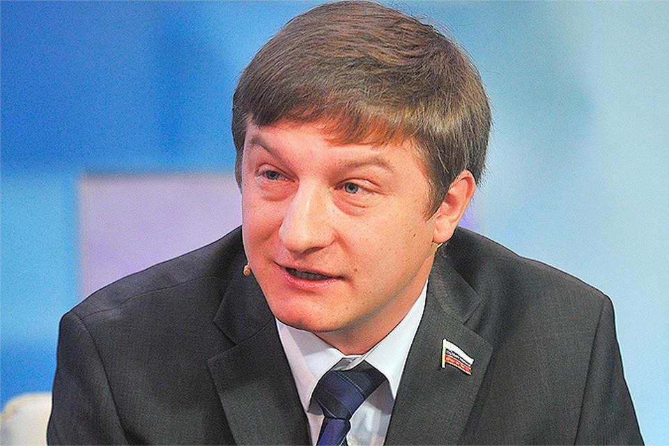 """Илья Костунов в студии телевидения """"КП"""""""