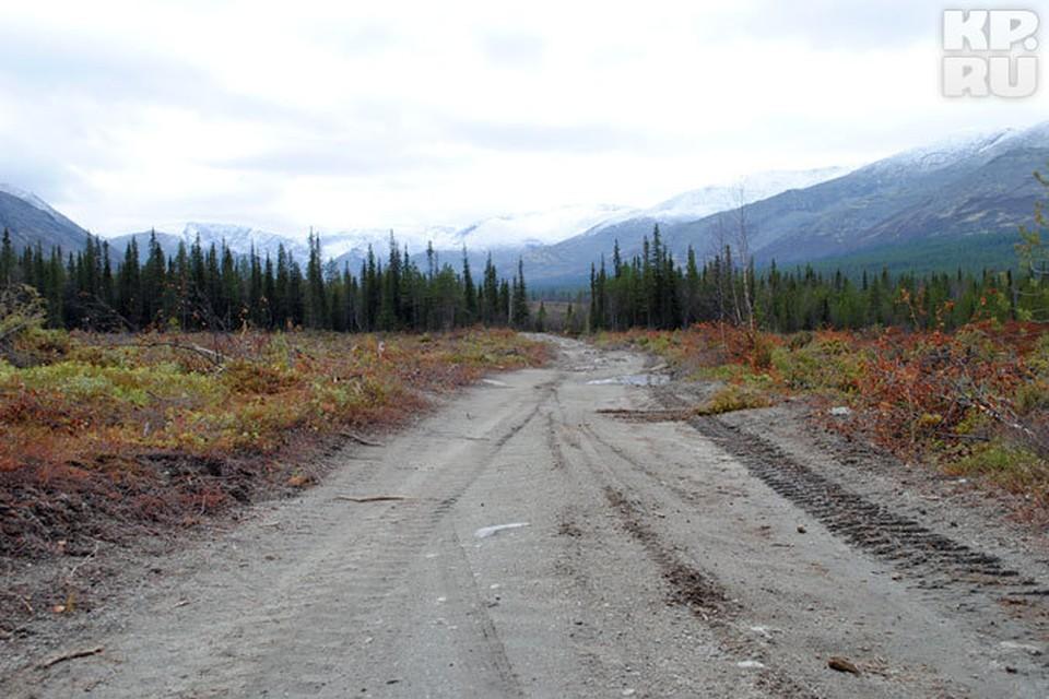 Дорога от месторождения до ГОКа не устраивает многих. Слишком большой вред она может причинить природе Хибин.