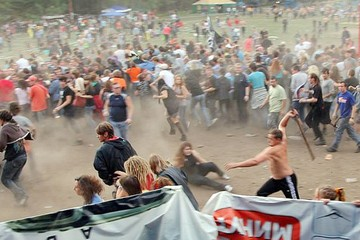 Эхо «Торнадо». Арестованы два участника побоища на южноуральском рок-фестивале
