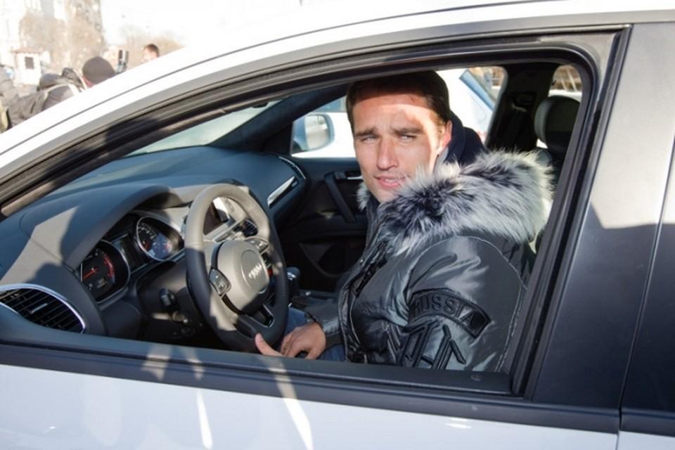 Роман Широков щедр на подарки