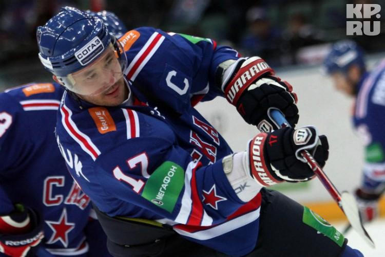 Илья Ковальчук снова перебрался в Петербург. А больше и некуда - другие клубы не потянут нападающего.