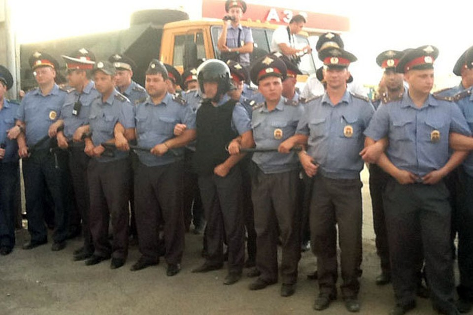 Больше недели Пугачев был оцеплен полицией