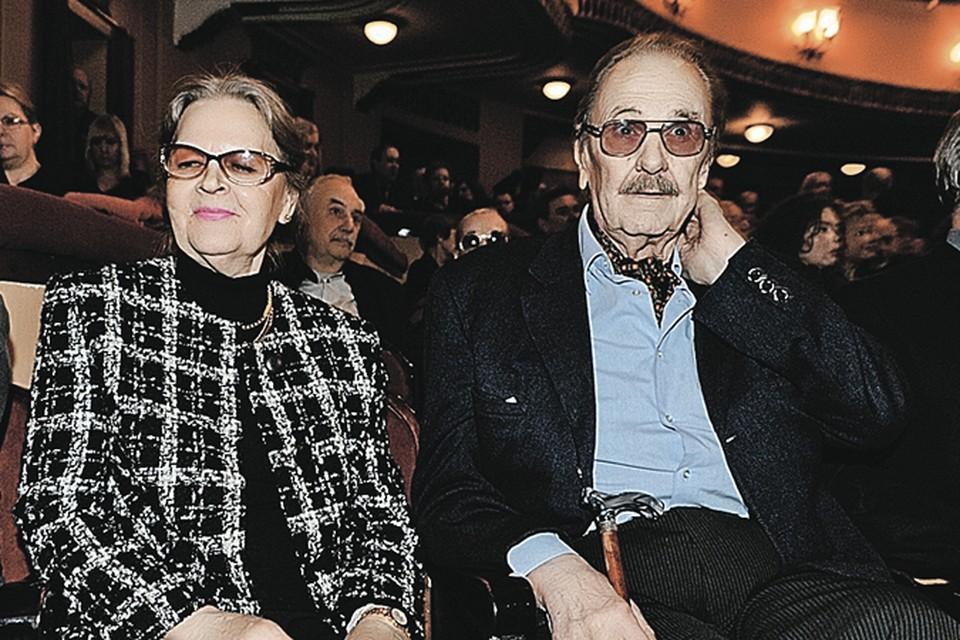 С Ириной Леонидовной Юрий Васильевич был до последних дней.