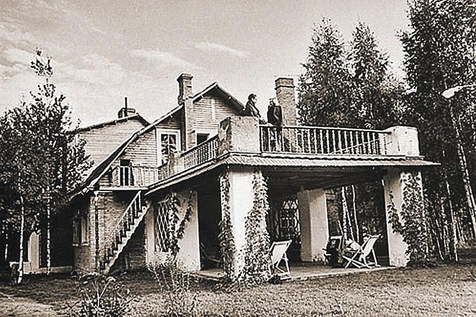 Спальня Орловой была на втором этаже: супруги спали порознь.