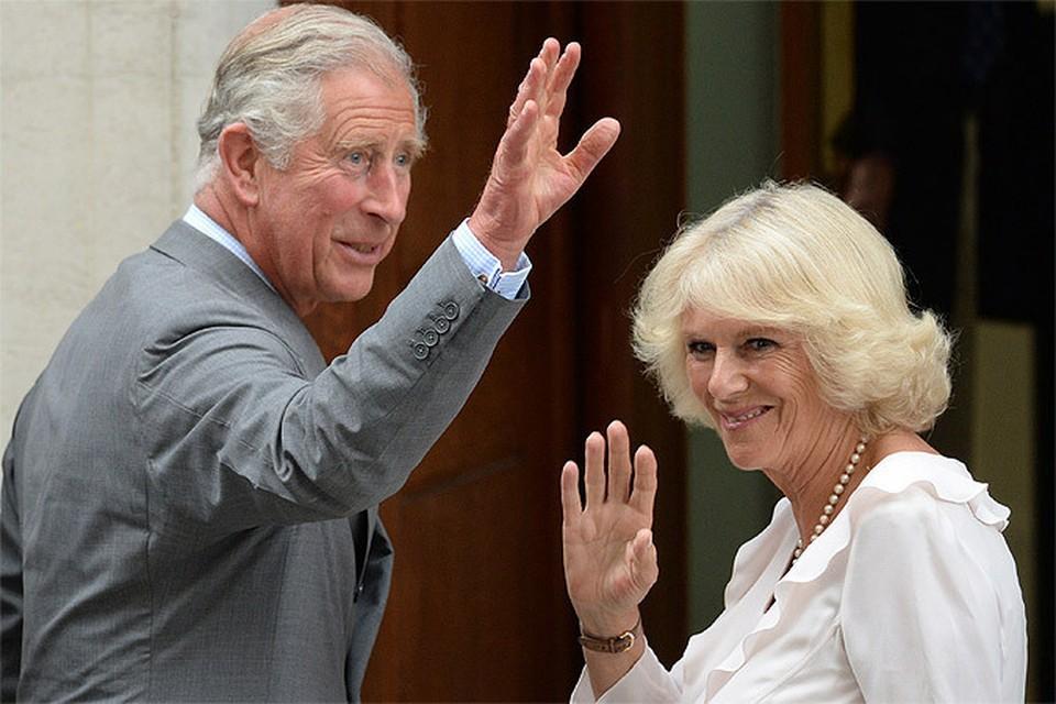 СМИ сообщают, что принц Чарльз и его вторая жена Камилла Паркер-Боулз начинают  бракоразводный процесс