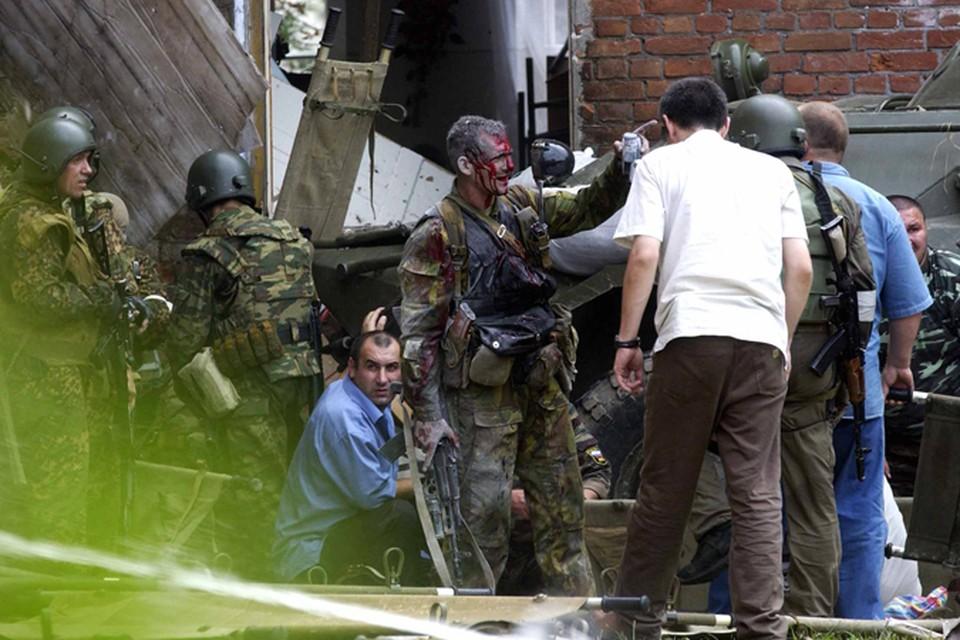 2004 год, Беслан. Именно альфовцы вместе с другими частями спецназа освобождали школьников, взятых боевиками в заложники.