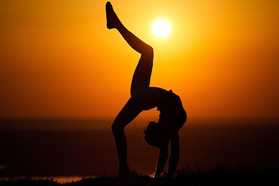 e7335f2b8737 Кому может навредить йога