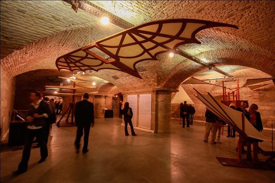 Картинки по запросу выставка изобретений Леонардо да Винчи