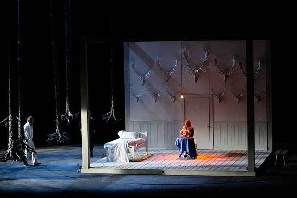 обязательно одевается сцена для мюзиклп мариинки термобелья