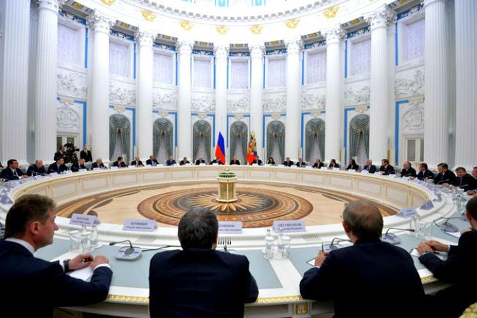 Владимир Путин встретился с представителями российского бизнес-сообщества. Фото: пресс-служба Кремля