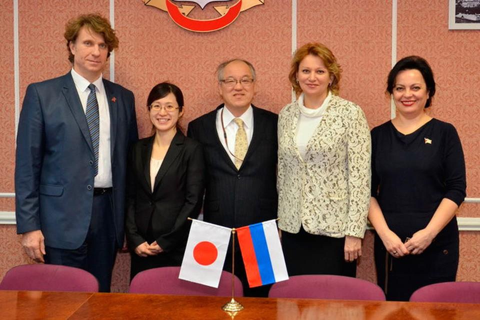 Думу Владивостока посетил генеральный консул Японии Тацухико Касаи. Фото: пресс-службы Думы Владивостока