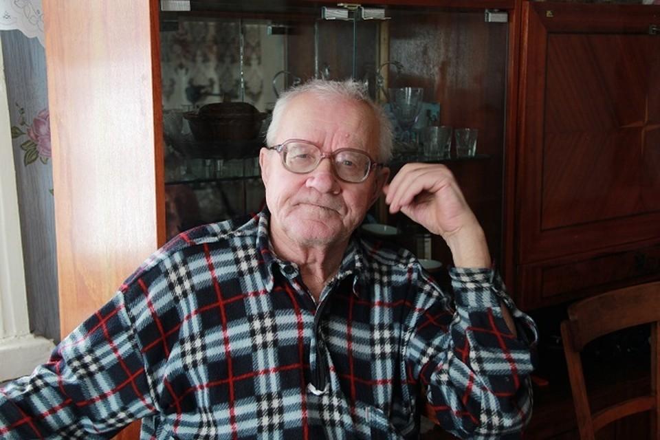 Виктор Шестериков, наконец, дождался возвращения отца.