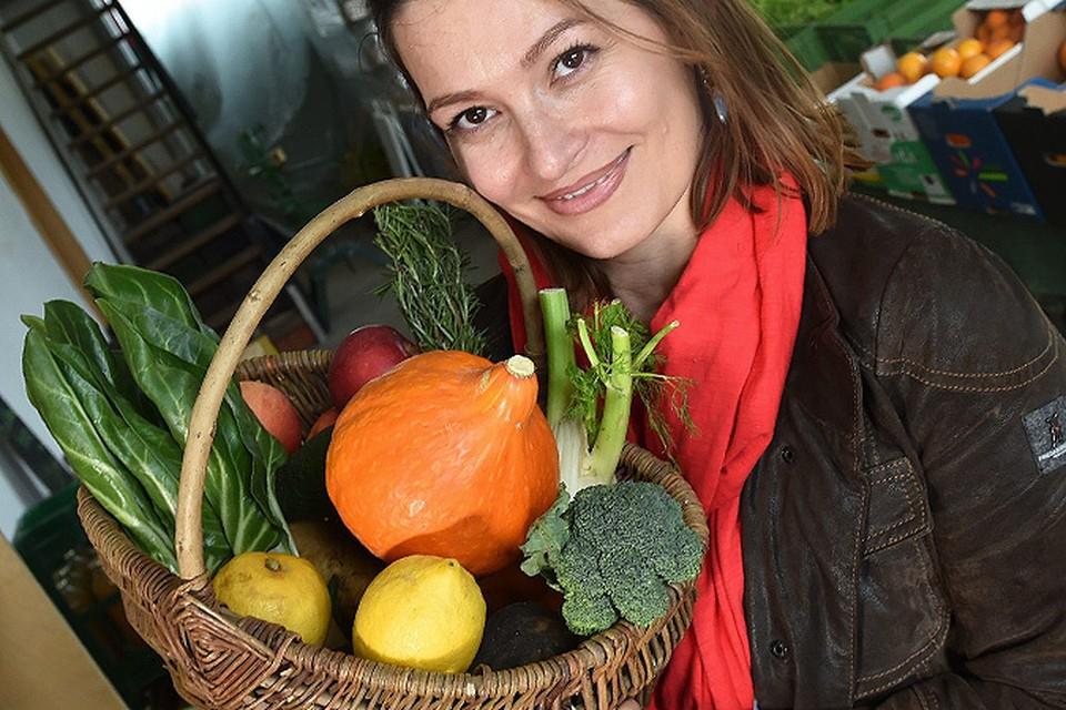 Ежедневное употребление тыквы, редиса, болгарского перца, моркови, сельдерея, шпината улучшает работу желудочно-кишечного тракта - все перечисленные овощи богаты полноценной клетчаткой.
