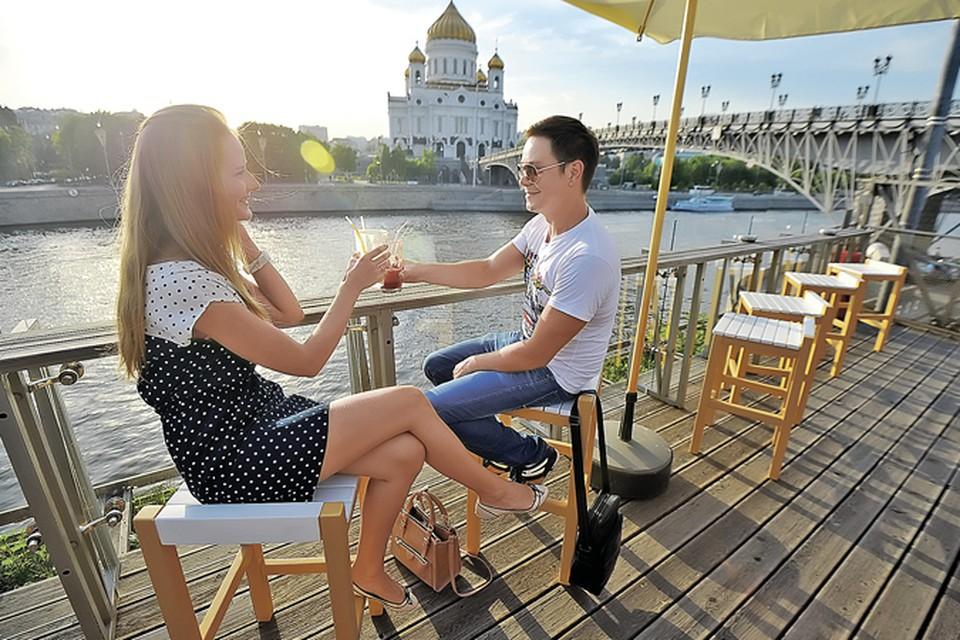 В Москве начинается проверка летних веранд