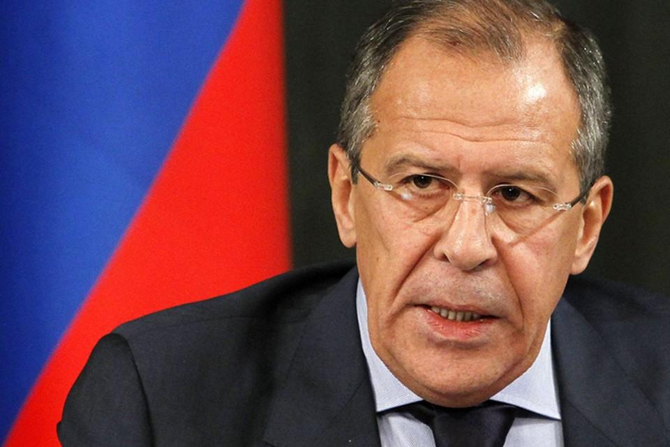 Лавров считает, что Киев нарочно накручивает Запад против Донбасса