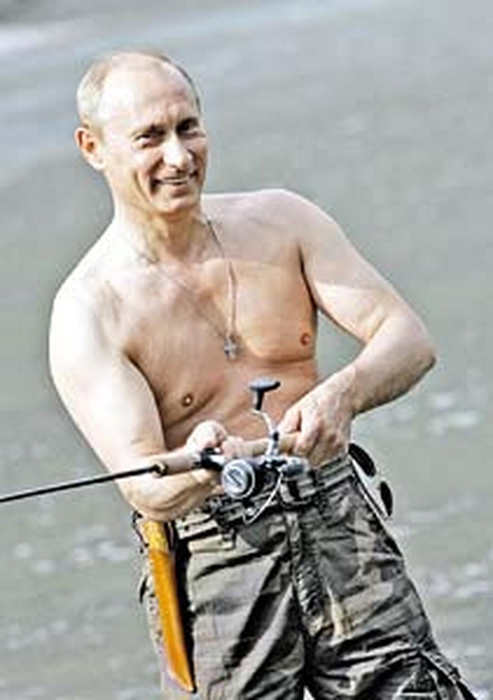 Упражнения со спиннингом делают тело гибким, а реакцию - молниеносной. Теперь в Кремль модно приходить в кимоно и с удочкой!