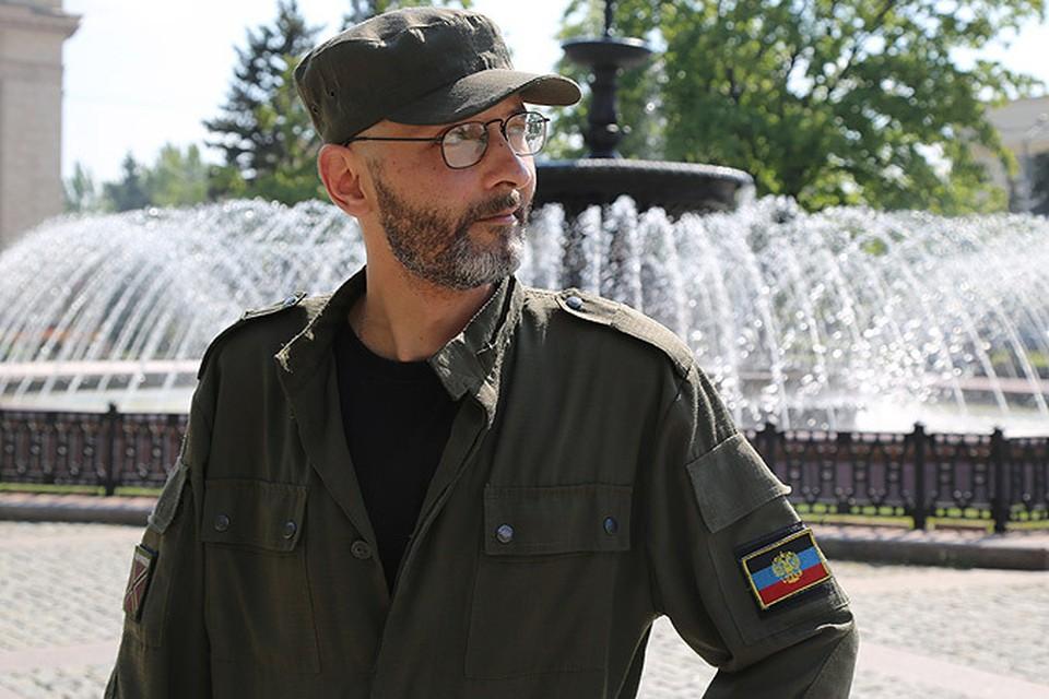 """Журналисты """"КП"""" попытались разобраться в психологии российских добровольцев, сражающихся на Донбассе. Среди них - Павел Раста."""