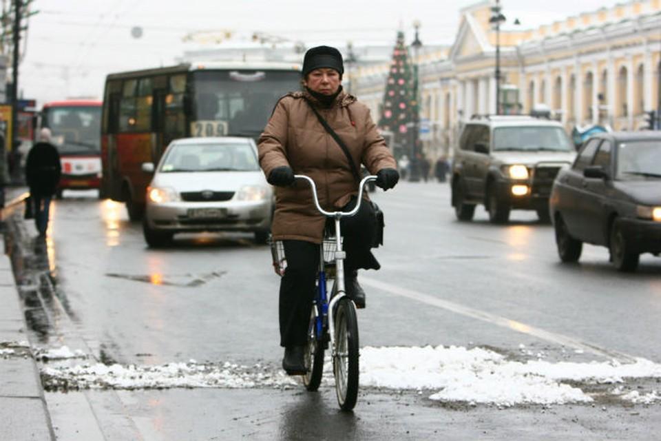 Снег зимой в Петербурге? Нет, не слышали.