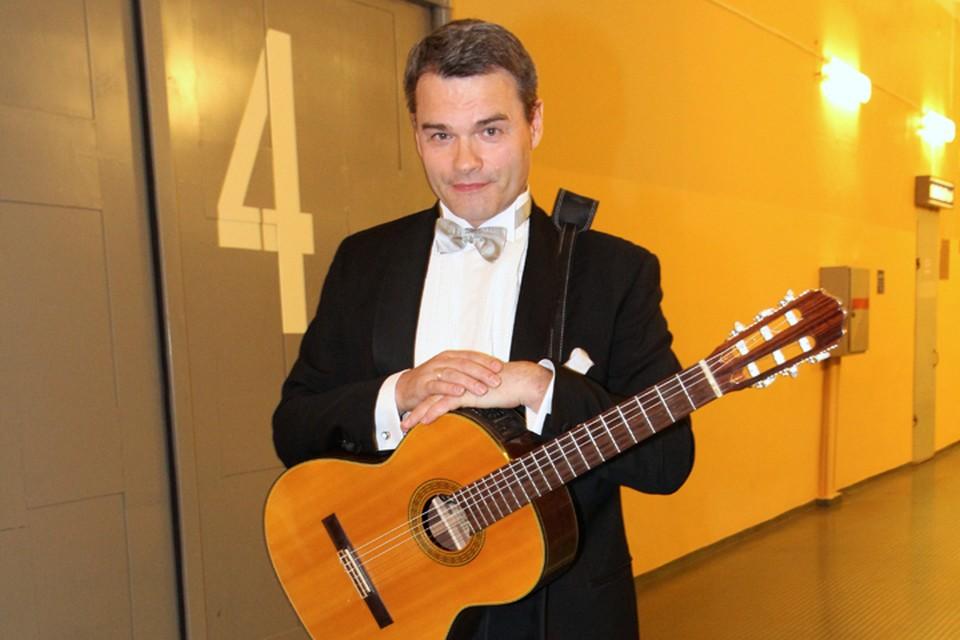 Заслуженный артист России Евгений Дятлов отмечает свой день рождения 2 марта.