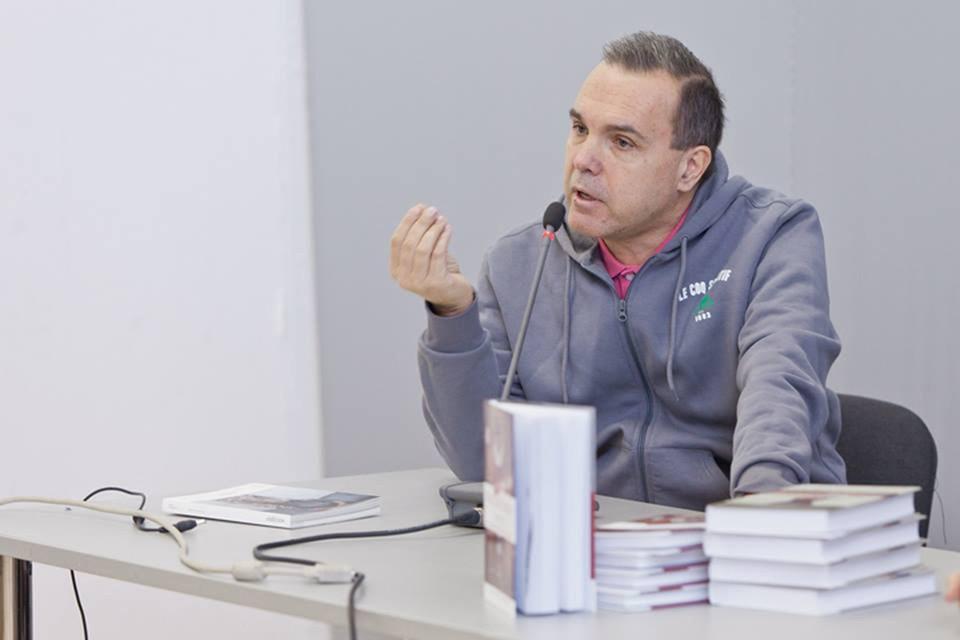 Маски и аватары времени в прозе Ивана Зорина