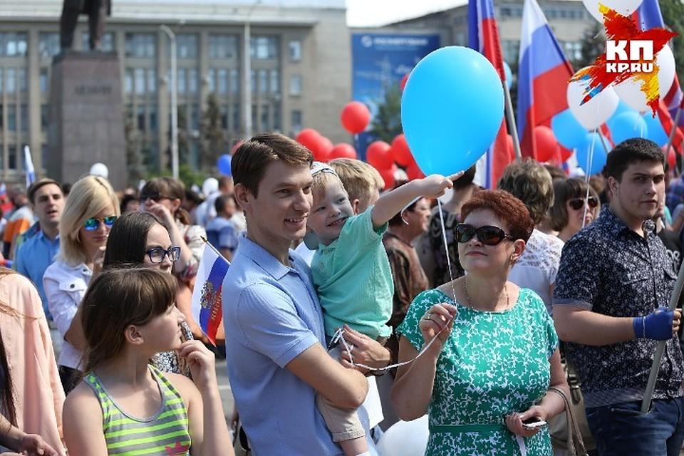 Флэшмоб на проспекте кирова саратов в незапные вдео фото 561-387