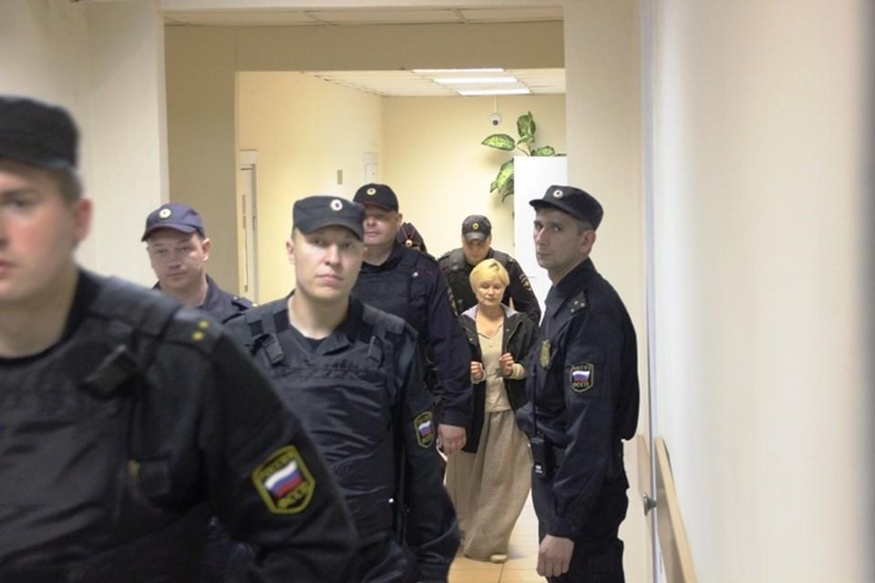"Директриса ""Сямозера"" Елена Решетникова до сих пор находится в статусе подозреваемой."