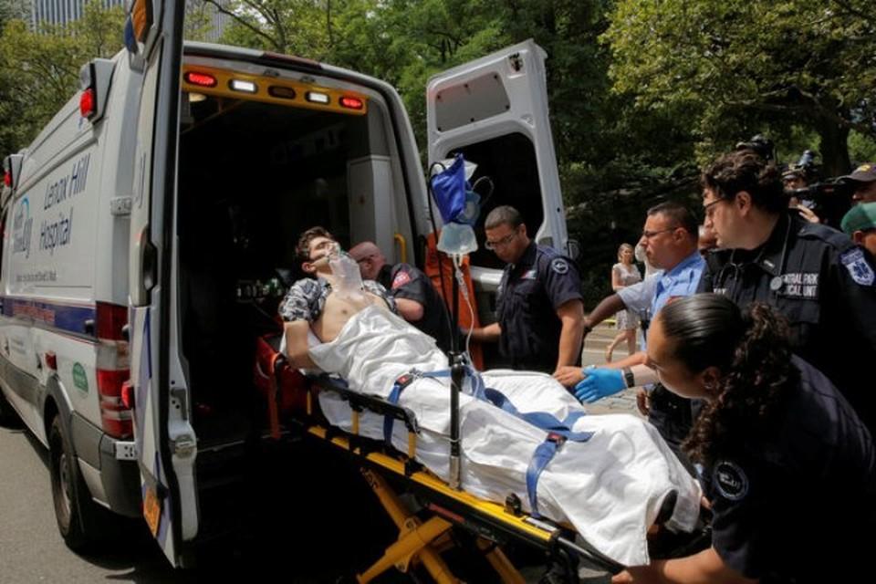 Пострадавшего на «Скорой» увезли в больницу
