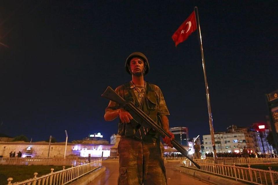 Военный переворот в Турции.