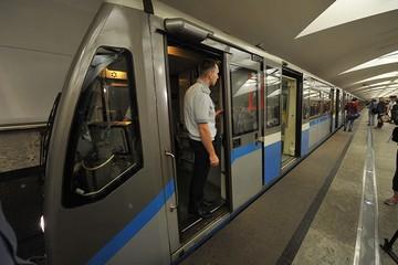 На кольцевой линии метро появилась английская «озвучка»