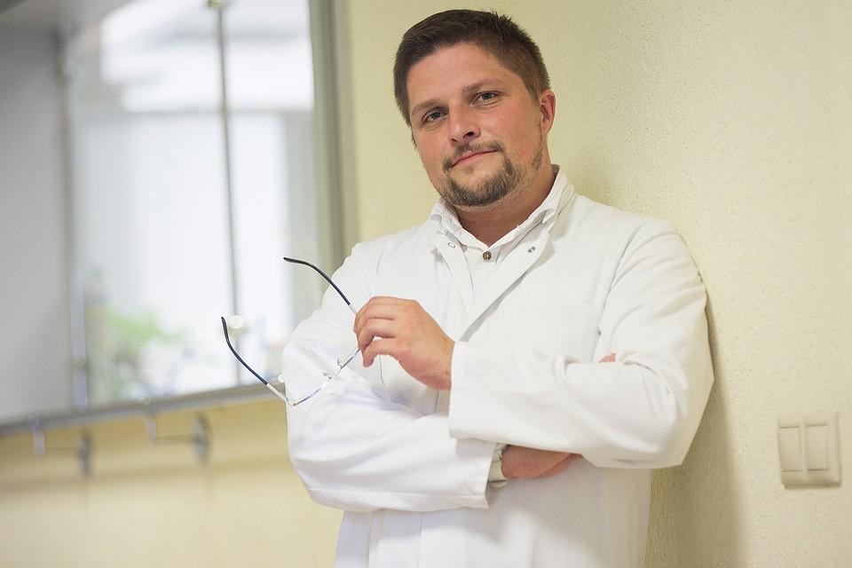 Триста граммов спермы текут из телки